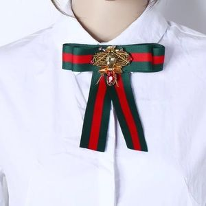 GUCCI brooch red green stripes bee beaded